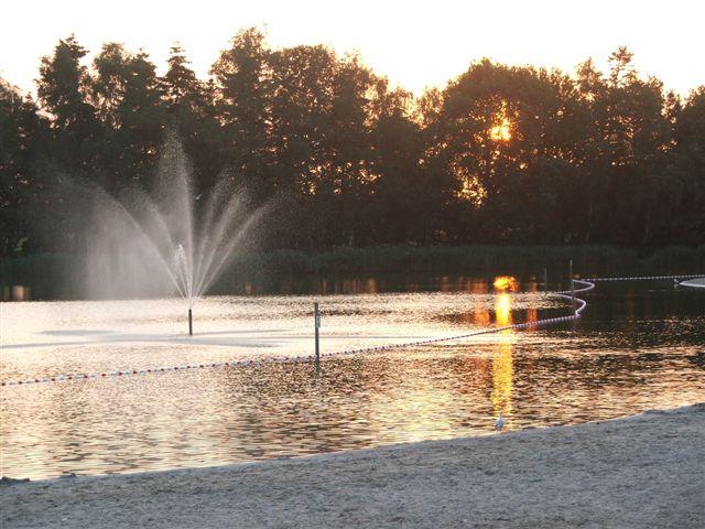 Uitzicht op water partycentrum Witven